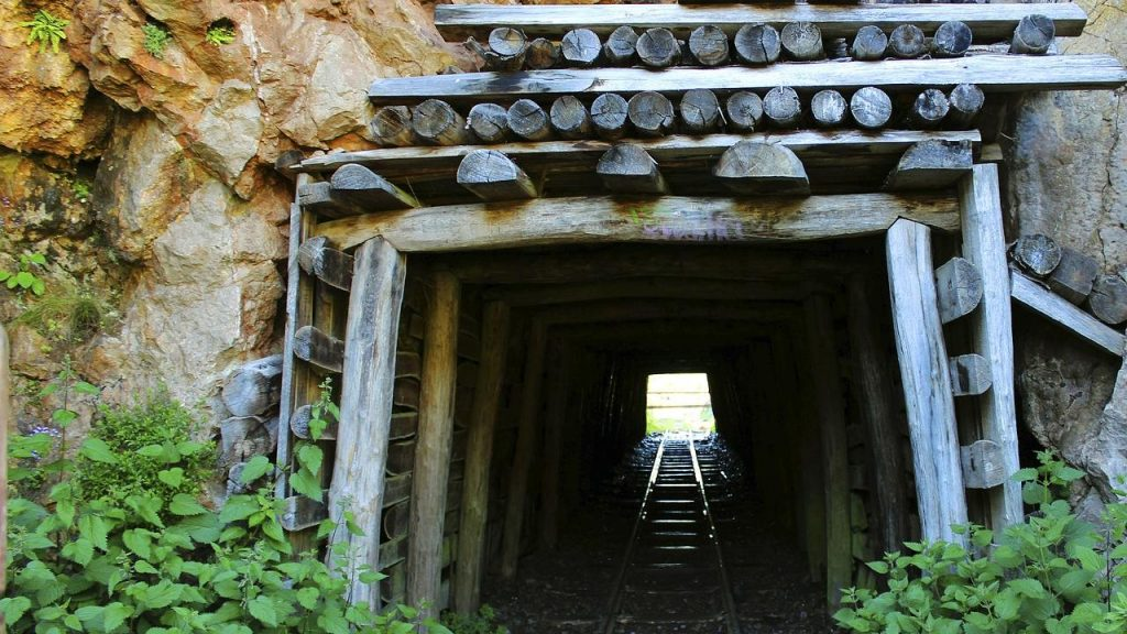 Recycling of Historical Mining Waste, a new business?